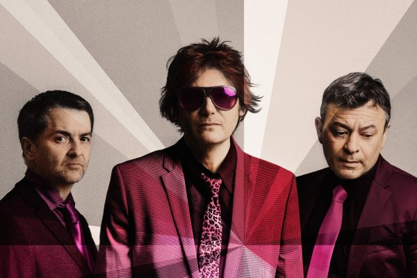 Distant Colours – Manic Street Preachers